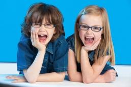 Как уговорить ребенка носить очки?